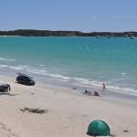 So cool to drive on the beach - Клево ездить прямо по пляжу