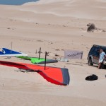 Sand dunes behind Gunyah Beach - Дюны позади пляжа Хижины Аборигенов