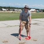 We had to clean up the runway a bit ~ Нам пришлось самостоятельно подметать взлётку