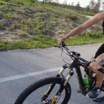 Timothy is always able to take a photo even biking, even backwards ~ Тимати крутит педали и успевает снимать