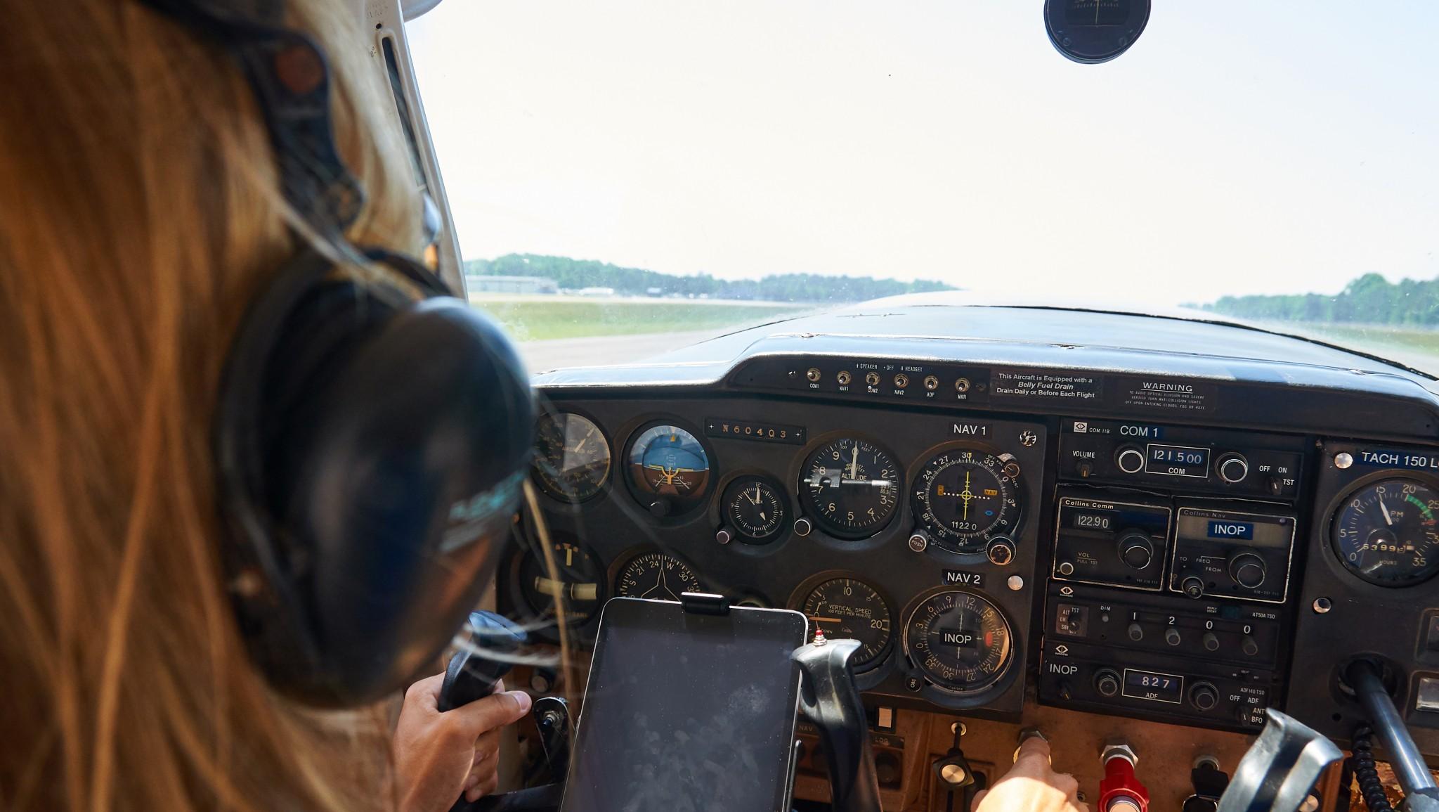 "The ""instrument panel"" of a Cessna 150 ~ ""Приборная доска"" Цессны 150"