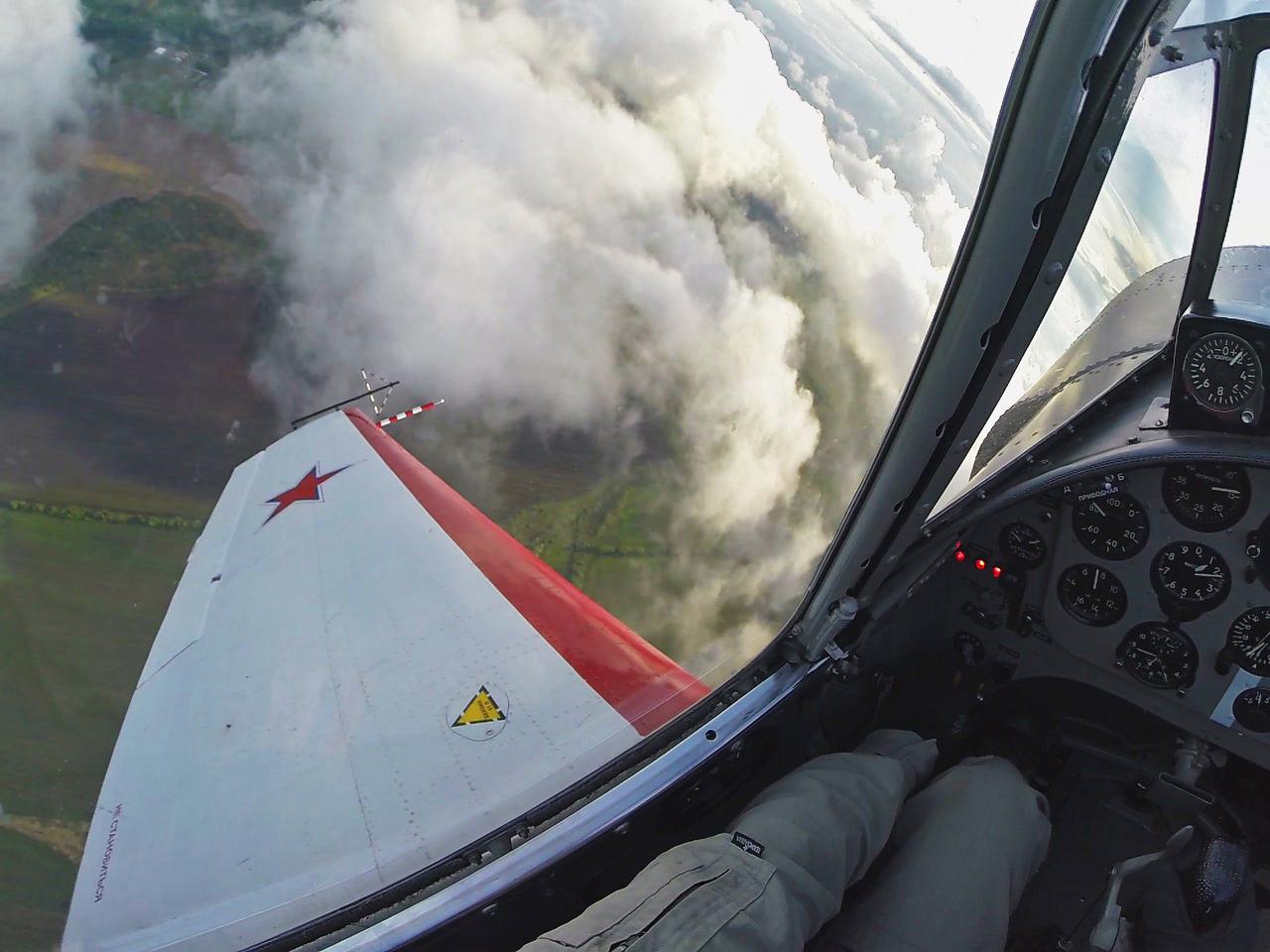 About the essence of aerobatic competitions - Про суть пилотажных соревнований