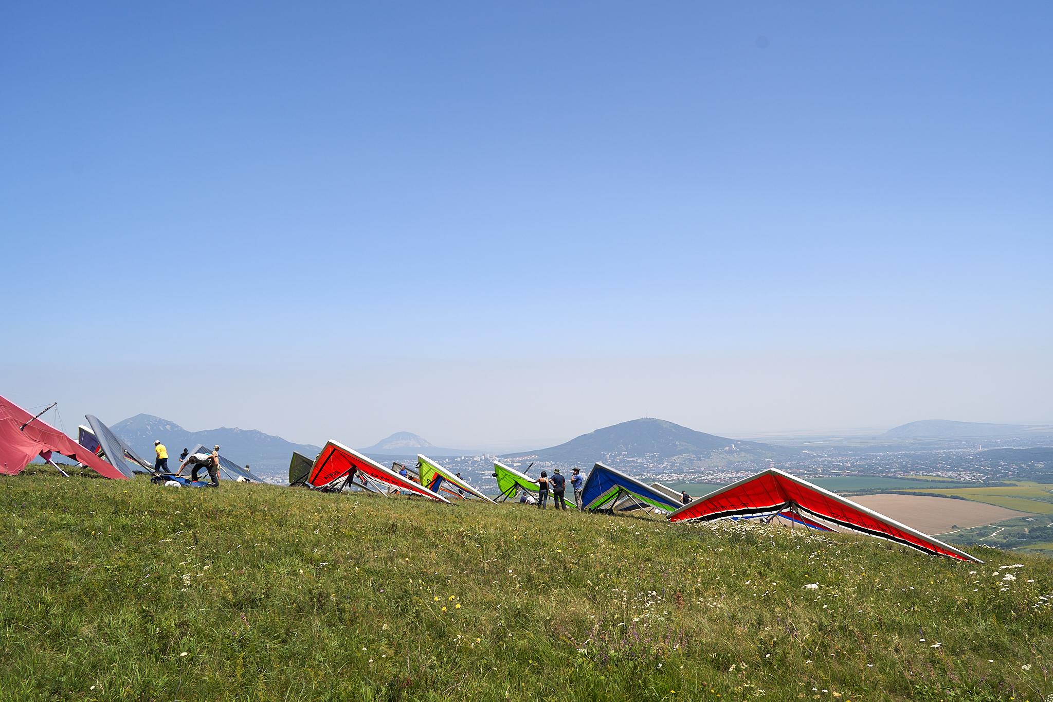 Hang gliders: topless VS king-posted - Дельтаплан: топлес или мачтовый?
